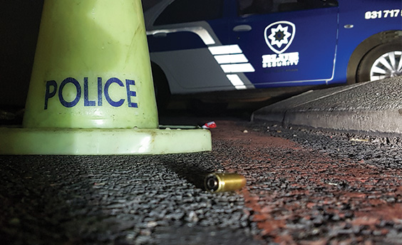 Shot fires as La Lucia mall robbers argue