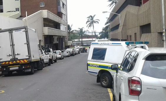 Durban CBD businessman robbed of R25k en route to the bank