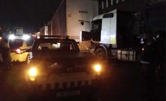 Truck Driver Stabbed Multiple Times Trying to Shake Umbilo Armed Robbers